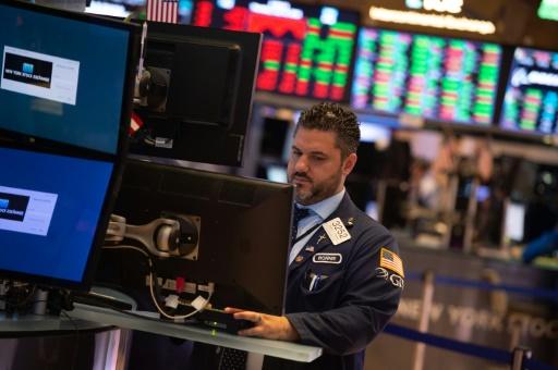 Wall Street, lestée par quelques résultats décevants, termine en baisse