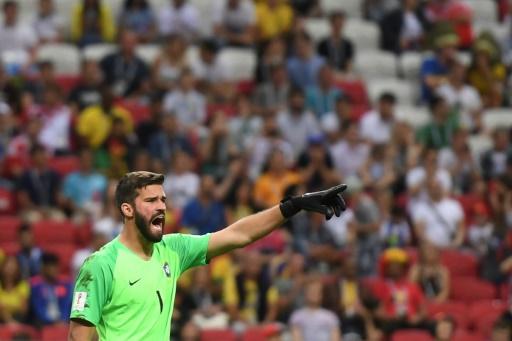 Liverpool engage le Brésilien Alisson pour 72,5 M EUR, un record pour un gardien