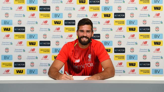 Alisson Becker devient le nouveau gardien de Liverpool — Officiel