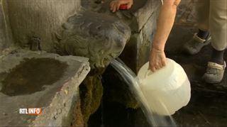 Attention, l'eau des fontaines n'est pas toujours potable- Vous pouvez la boire mais c'est à vos risques et périls 4