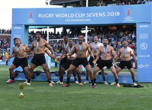Coupe du monde de rugby à VII: la Nouvelle-Zélande conserve ses deux titres