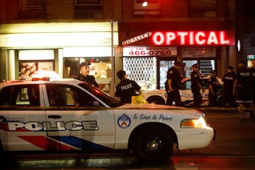Fusillade à Toronto: deux tués et 12 blessés, le tireur est mort