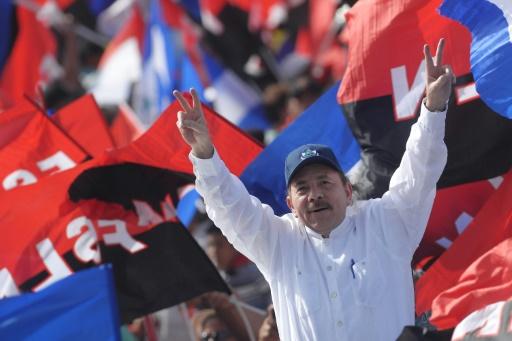 Nicaragua: le président Ortega écarte toute démission