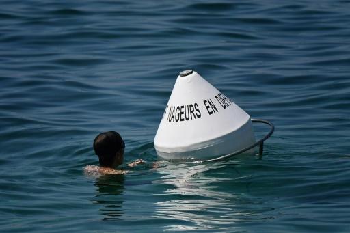 A Marseille, des bouées de repos pour éviter les noyades