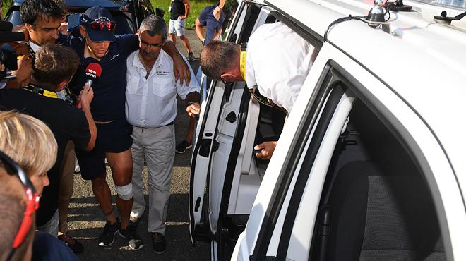 La terrifiante chute de Philippe Gilbert, qui s'en sort avec des égratignures