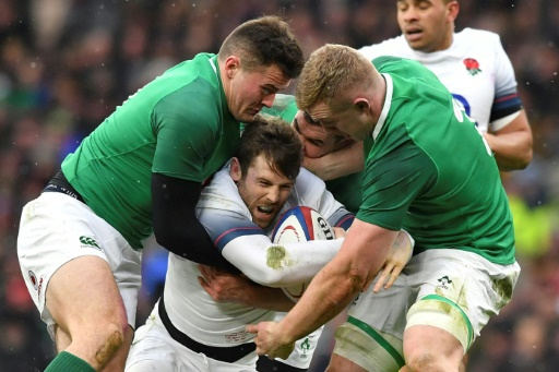 Le rugby anglais expérimente un abaissement de la hauteur légale des plaquages