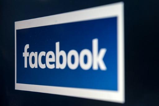 Facebook, englué dans les scandales, déçoit au 2ème trimestre