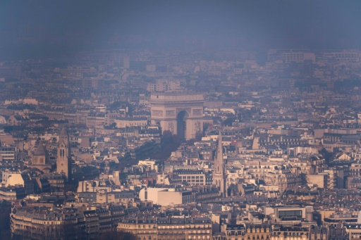 Le pic de pollution à l'ozone se poursuit en Ile-de-France, d'autres régions touchées