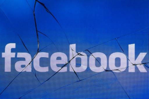 Coup de tabac boursier pour Facebook, près de 120 milliards de dollars partis en fumée