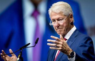 Sida - Bill Clinton supplie le monde de ne pas baisser les bras