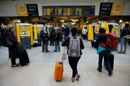 Montparnasse: la SNCF pense pouvoir faire circuler 60 à 70% des trains samedi