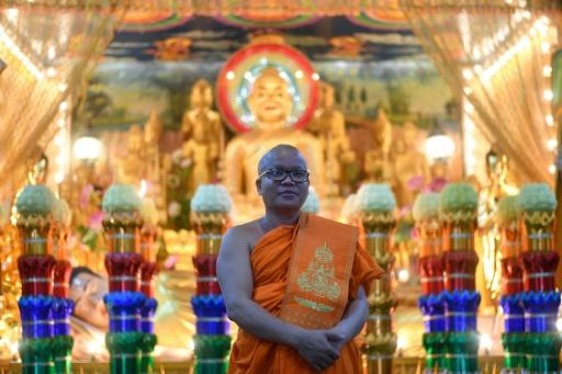Cambodge: derrière une façade pro-Hun Sen, les moines bouddhistes divisés