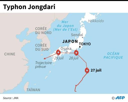 Après des inondations meurtrières, un typhon attendu au Japon