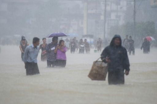 Inondations en Birmanie: au moins dix personnes tuées, des dizaines de milliers déplacées
