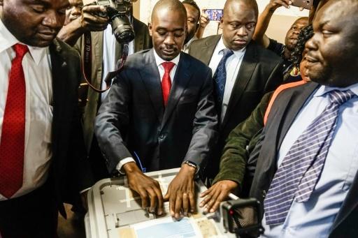 Le leader de l'opposition au Zimbabwe revendique une victoire