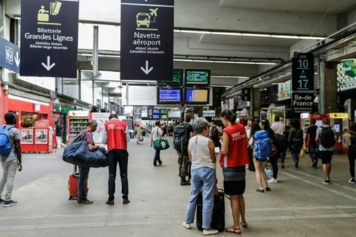 Deux trains sur trois en circulation ce mardi à Montparnasse, selon la SNCF