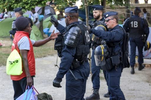 Nantes: 261 migrants évacués d'un ex-lycée, nouveau campement au centre-ville