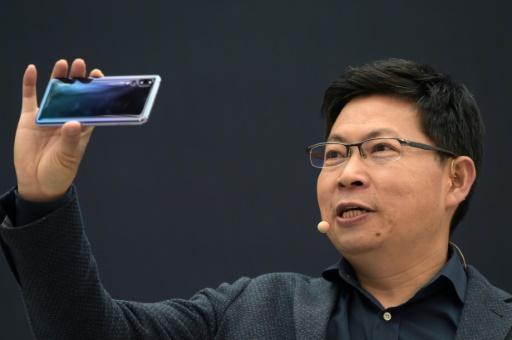Smartphones: après avoir détrôné Apple, Huawei veut être numéro un mondial en 2019