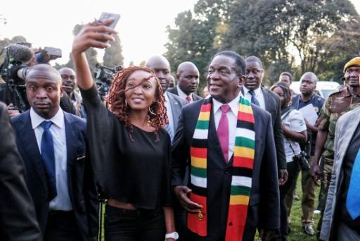 Zimbabwe: le président élu Mnangagwa défend une élection