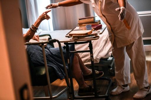 Canicule: précautions tous azimuts dans une maison de retraite à Paris