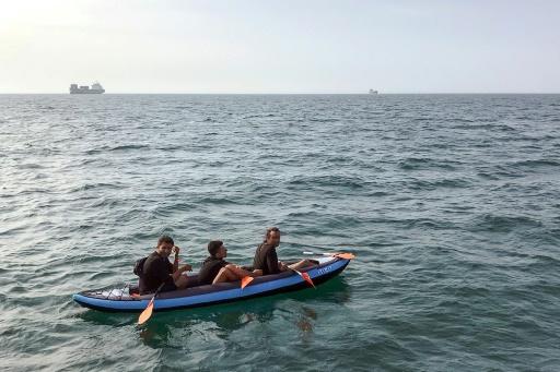 Sauvetage dans la Manche de trois migrants dans un canoë
