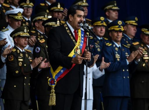 Venezuela: Maduro indemne après un