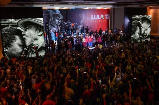 Présidentielle au Brésil: Lula aura pour colistier l'ex-maire de Sao Paulo