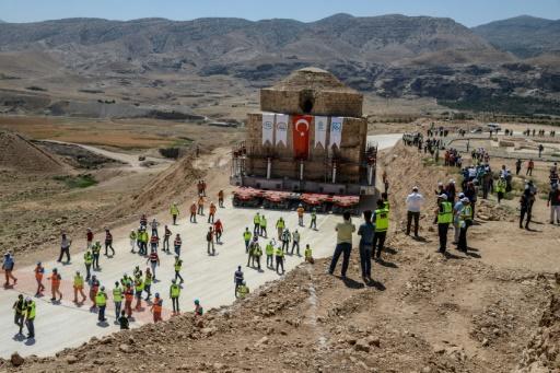 Turquie : déplacement d'un hammam historique menacé d'engloutissement