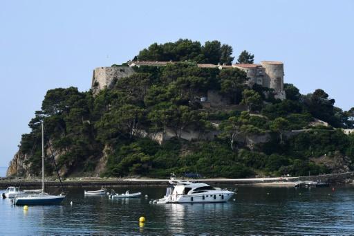 Enquête ouverte sur le survol du fort de Brégançon par un drone