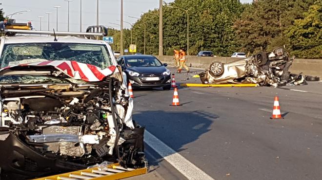 Collision en chaîne sur l'autoroute E42 à Fleurus: trois personnes blessées