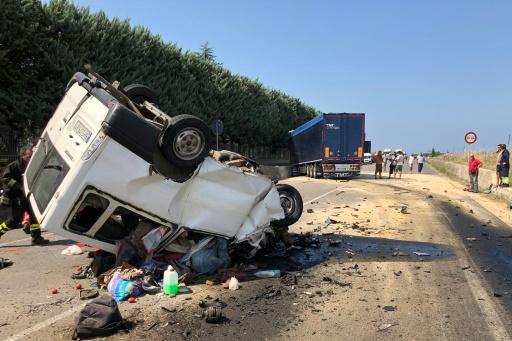 Italie : seize ouvriers agricoles étrangers meurent dans deux collisions