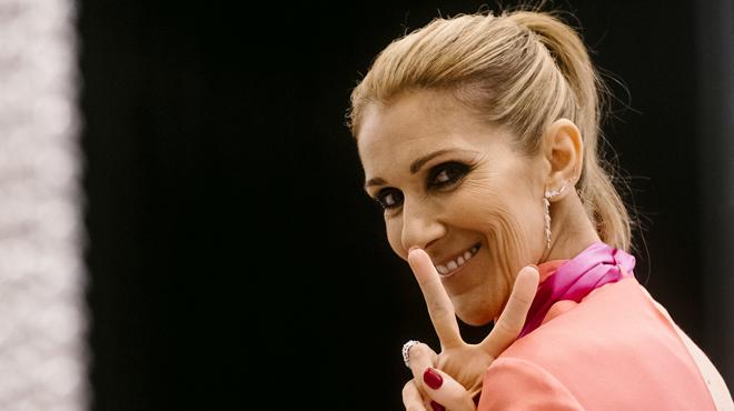 Céline Dion imite le style de Katy Perry et c'est spécial