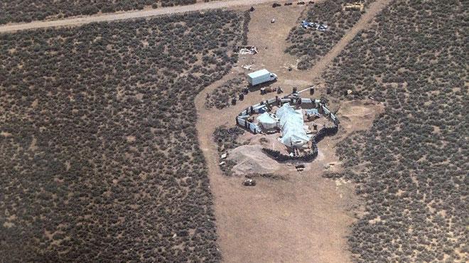 Un des enfants retrouvés dans le campement de l'horreur au Nouveau-Mexique était entraîné aux tueries dans les écoles