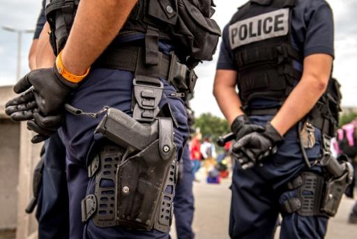 Melun: un jeune homme armé d'un couteau grièvement blessé par la police