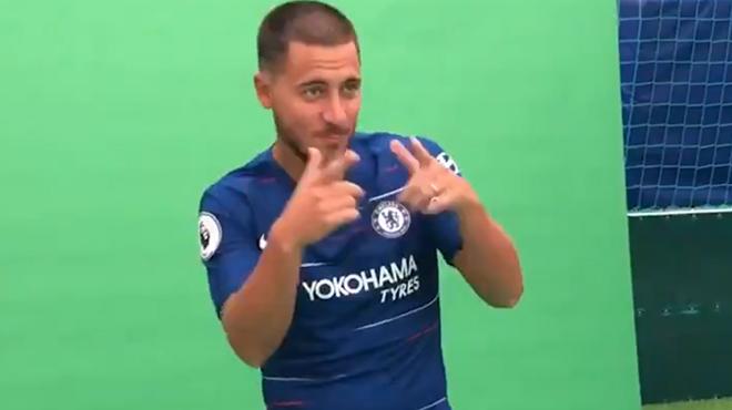 Eden Hazard, en pleine forme, fait le show pendant le shooting de Chelsea (vidéo)