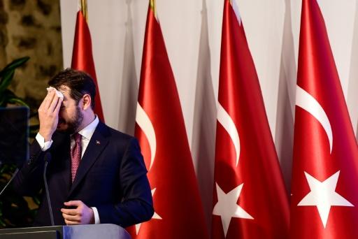 Les marchés financiers paralysés par l'effondrement de la livre turque