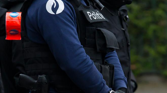 La police interpelle un homme qui menaçait la Pride d'Anvers: des armes retrouvées à son domicile