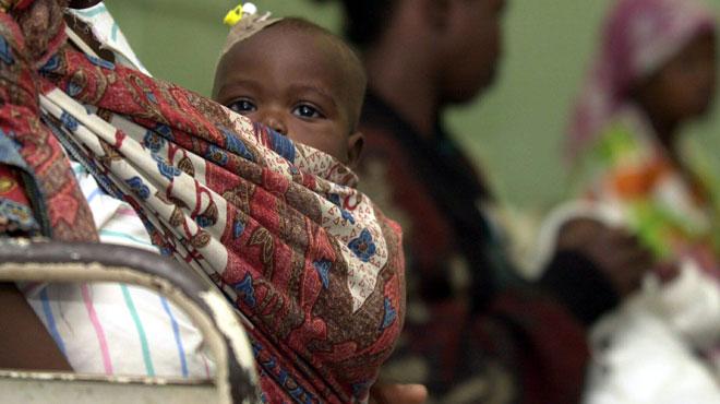 A 13 ans, Ema est déjà maman comme beaucoup de Mozambicaines: