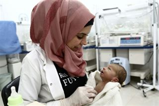 Pour oublier l'exode, des médecins syriens à l'oeuvre dans l'hôpital de l'Espoir