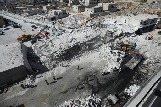 Syrie: le bilan de l'explosion d'un dépôt d'armes à Idleb grimpe à 69 morts