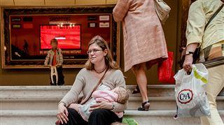 Cache-toi un peu, c'est honteux!- des mères racontent les remarques qu'elles subissent lorsqu'elles allaitent en public 2