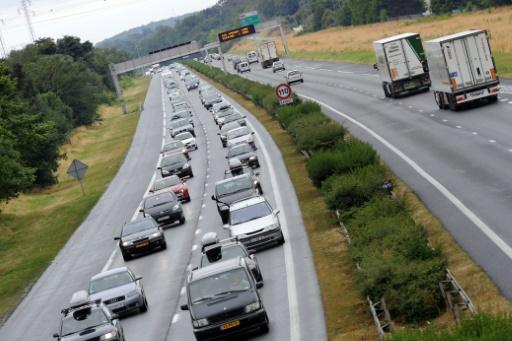 Italie: un viaduc de l'autoroute A10 s'écroule à Gênes