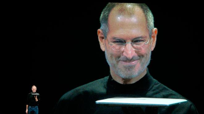 La fille de Steve Jobs publie un livre EXPLOSIF: