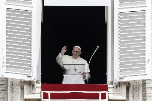Prêtres pédophiles aux USA: le Vatican exprime sa