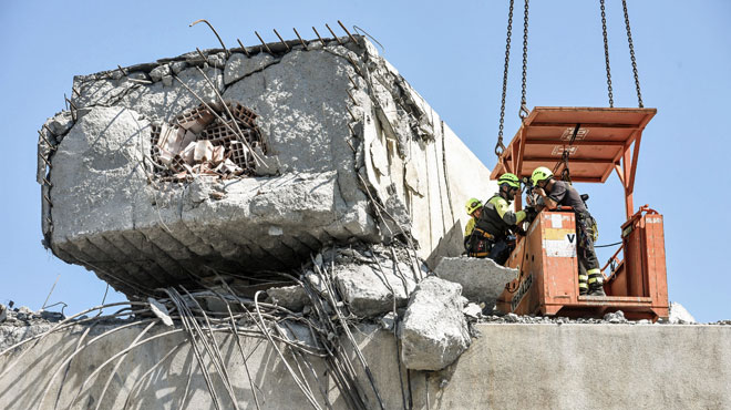 Gênes: des ingénieurs avaient signalé des anomalies dans le viaduc qui s'est effondré