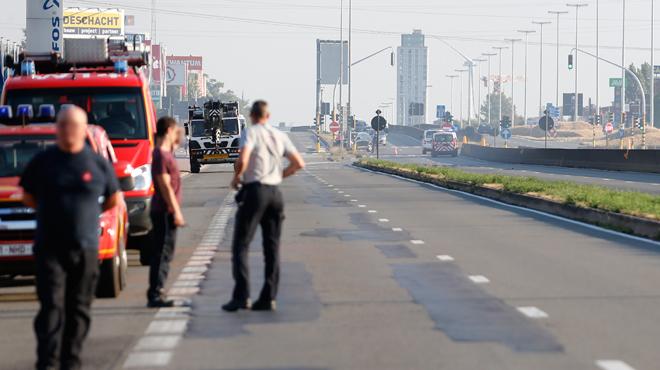 Un camion-citerne en feu à Willebroek sur la bretelle d'accès à l'autoroute A12: