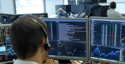 La Bourse de Paris termine en léger repli une semaine maussade