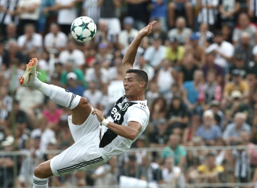 """Italy: Ronaldo in Verona, mourning in Genoa """"title ="""" Italy: Ronaldo in Verona, mourning in Genoa """"/>   <p> Cristiano Ronaldo in a friendly match between Juentus A and Juventus B on August 12, 2018 in Villar Perosa Isabella Bonotto </p> </p></div> <div id="""
