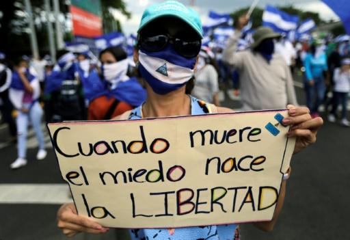 Nicaragua: des milliers d'opposants réclament le départ d'Ortega