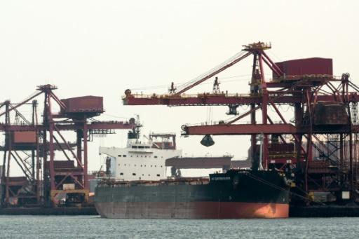 Brexit: l'UE assure ne pas vouloir exclure les ports français